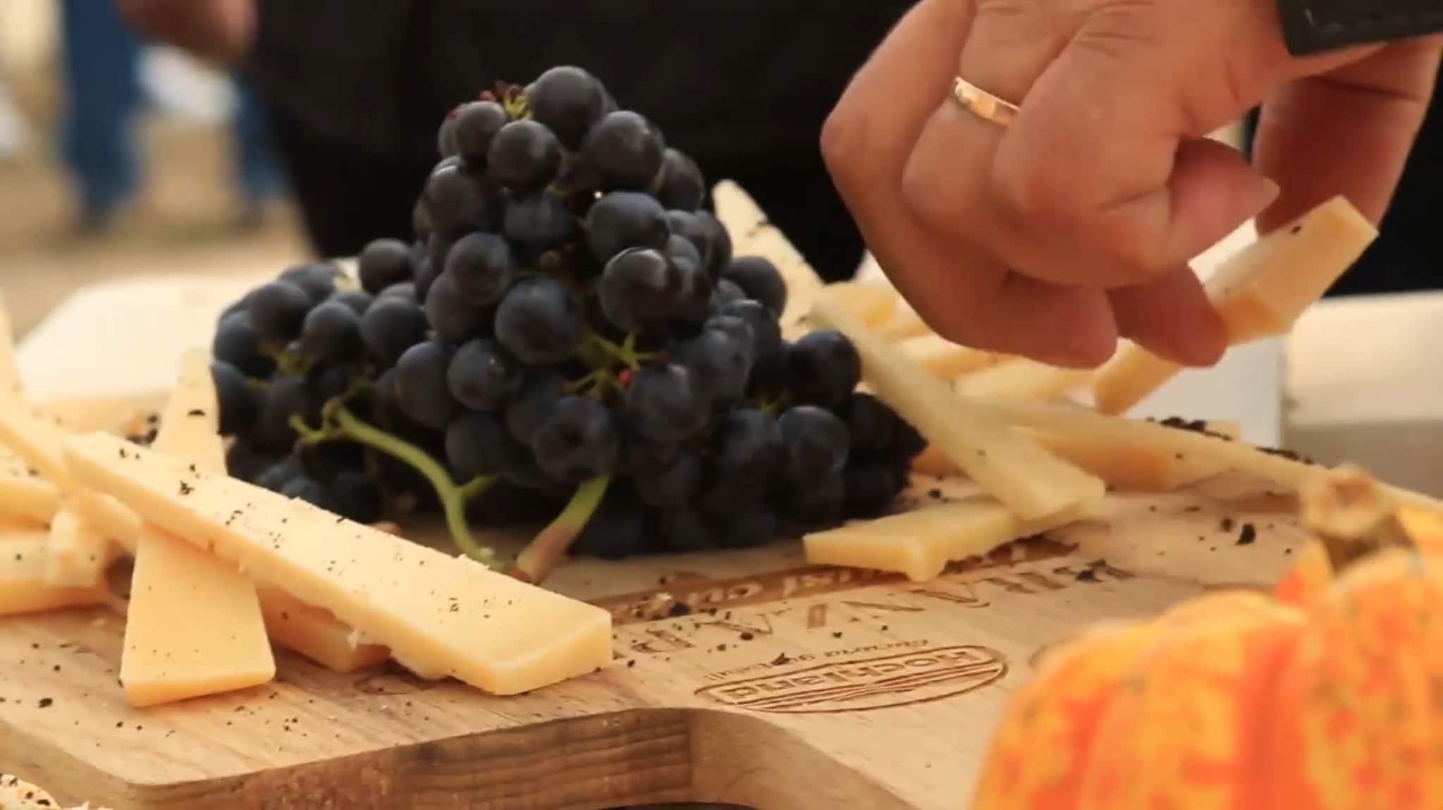 アリラブドウとチーズ